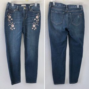 Vintage America • Embroidered Jeans